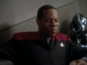 extant_StarTrekDS9_2x01-TheHomecoming_01142.jpg
