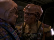 extant_StarTrek_DS9_5x18-BusinessAsUsual_03165.jpg