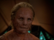 extant_StarTrek_DS9_7x22-TackingIntoTheWind_0934.jpg