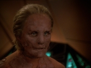 extant_StarTrek_DS9_7x22-TackingIntoTheWind_0936.jpg